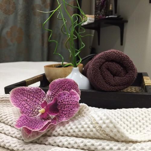 strumpebandshållare thai massage norrköping