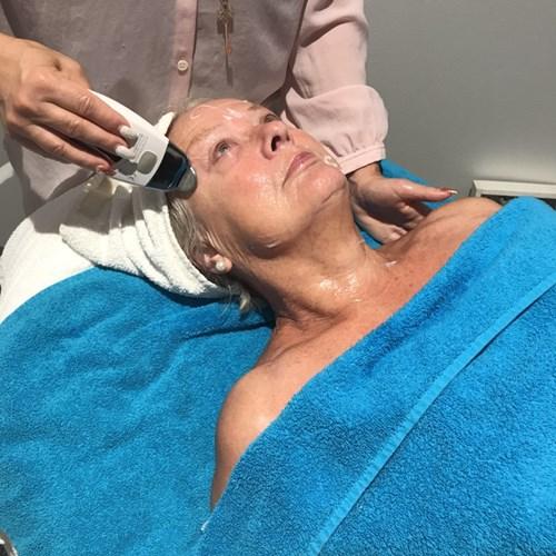webbplats massage mörk hud nära Linköping