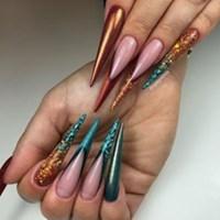 lilly nails göteborg
